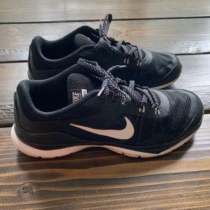 Nike Flex TR5 Black Tennis Shoes